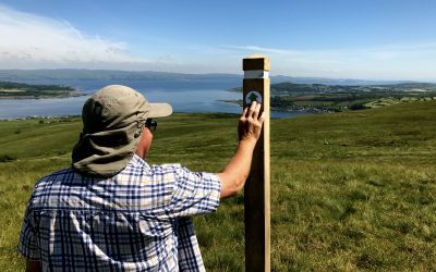 June 2017: At Edinbeg Hill, adding the finishing touches to new signposts.